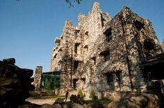 There's so much to love about Gillette Castle in East Haddam - whether you're an architecture aficionado (this castle is truly one of a kind!), someone who loves history or whether you're the outdoorsy type (the hike up to Gillette Castle is wonderful, along with the gorgeous views of the Connecticut River).