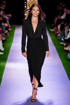 Brandon Maxwell Spring 2020 Ready-to-Wear Fashion Show - Vogue Fashion Week, Fashion 2020, Look Fashion, Runway Fashion, Fashion Models, Fashion Outfits, Fashion Design, Fashion Trends, Brandon Maxwell