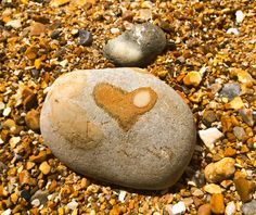 heart in the rock Heart Of Life, Heart In Nature, I Love Heart, With All My Heart, Happy Heart, Heart Shaped Rocks, In Natura, Heart Wall, Stone Heart