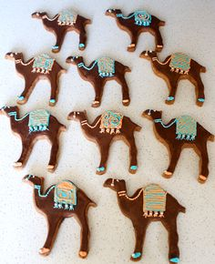 Decorated camel cookies > I'm gonna make these for Eid this year