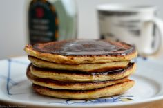 Morgen-pandekager med hytteost og havregryn | Cottage cheese pancakes — Sesam, Sesam Food And Drink, Snacks, Baking, Breakfast, Desserts, Recipes, Cottage Cheese, Morning Coffee, Tailgate Desserts