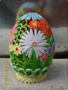 Это 19 яйцо, делала Питерцам, вот только ромашка подкачала,место крепление не очень удачно выбрала. фото 1