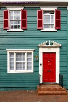 home exteriors - red doors, red shutters, red front door, teal house, teal home… Coral Front Doors, Front Door Paint Colors, Exterior Paint Colors For House, Painted Front Doors, Paint Colors For Home, Exterior Colors, Red Doors, Paint Colours, Teal Paint