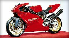SBK '90 (1990 - 1991) 1990 el piloto francés Raymond Roche ganó el histórico primer título pilotos para Ducati en el Campeonato Mundial Superbik...