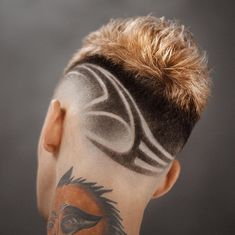 35 Awesome Design Haircuts For Men - Men's Hairstyles Haircuts For Men, Mohawk Hairstyles Men, Barber Haircuts, Cool Haircuts, Haare Tattoo Designs, Haircut Designs, Design Haircuts, Hair Designs For Men, Hair Barber