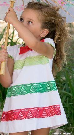 Vestido de niña NEKENIA. Talla 12 meses. Precio: 34.90€ Más en http://www.modainfantilpequeplace.es/modapequeplace/4518571/vestido-nina-nekenia.html