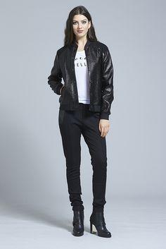 Little Rebel Bomber ⋆ Erina Emery Black Wool, Rebel, How To Look Better, Women Wear, Street Style, Winter, How To Wear, Pants, Jackets