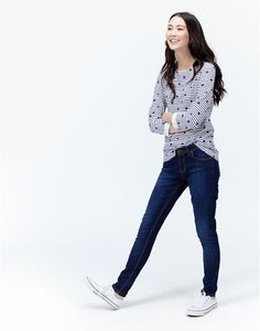 Find the perfect outfit this season with women's trousers & shorts at Joules. Browse skinny jeans, striped culottes & more, online now. Joules Uk, Trousers, Pants, Dark Denim, Skinny Jeans, Shorts, Classic, Outfits, Women