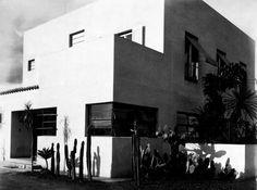 Residência Rua Santa Cruz, São Paulo, 1928/Warchavchik/