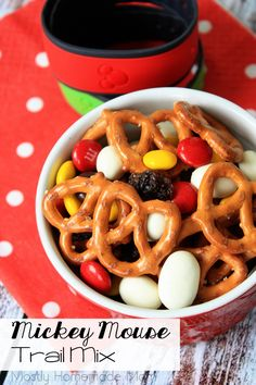 This Mickey Mouse Trail Mix is absolutely adorable! Pretzels, yogurt covered raisins, and M&M's - this munch mix is perfect for your kids to snack on during their first trip to Disney World!