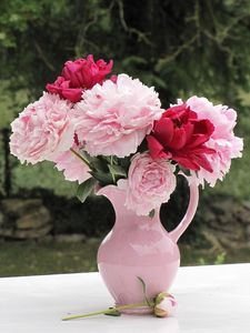 Pink Pitcher -pink and red flowers