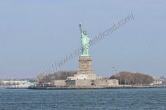 Now on Cosmeddicted.com : Welcome to... The Statue of Liberty, on the cheap