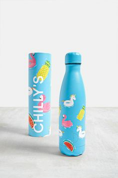 Shop Chilly's Day Edition Stainless Steel Water Bottle at Urban Outfitters today. We carry all the latest styles, colours and brands for you to choose from right here. Cute Water Bottles, Plastic Bottles, Vintage Phone Case, Juice Branding, Bottle Packaging, Stainless Steel Water Bottle, Mug Cup, Things To Buy, Packaging Design