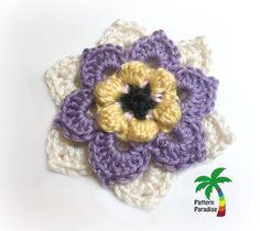 Pattern Paradise: Fancy Flower Applique - free crochet pattern by Maria Bittner.