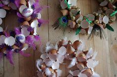 Skořápkové+velikonoční+věnce+-+Na+vytvoření+krásného+velikonočního+věnce+nepotřebujete+celá+vyfouklá+vajíčka+ale+stačí+vám+pouze+skořápky,+kreativním+dozdobením+může+vzniknout+fantastická+jarní+dekorace.  ( DIY, Hobby, Crafts, Homemade, Handmade, Creative, Ideas, Handy hands)