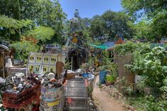 Cathedral Of Junk Photo Album from Dave Bullock / eecue, a programmer and photographer living in Downtown Los Angeles Downtown Los Angeles, Cathedral, Places To Go, Street View, Fun, Cathedrals, Funny, Ely Cathedral, Hilarious