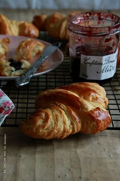 GOOD MORNING SUNSHINE   croissants