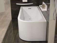 Acrylic Back to Wall RH Corner Bath 1650mm    waterware.co.nz