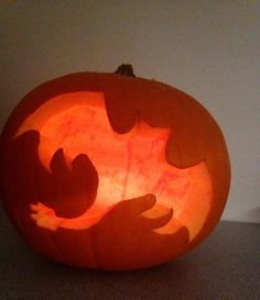 Make carving pumpkins educational, with a science & energy theme this Halloween!  Energy vampire! Un vampire énergétique!