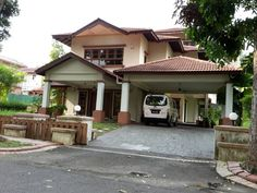 Bukit Gita Bayu - 2.5 storey Bungalow @ Gita Bayu for SALE! – Land area 7,600 sf, Built Up 5,000sf – 5 bathrooms, 5 bedrooms, 2 maids room. The top half storey is a big AV room – Asking 3.6mil Nego Must view to know the exactly design and layout! Kindly contact Belle Wong at 012-2600822 for more info! thanks! Furniture: Partly Furnished    http://my.ipushproperty.com/property/bukit-gita-bayu/