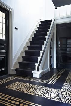 Stairs to b'room Hall Tiles, Tiled Hallway, Luxury Staircase, Staircase Design, Entrance Decor, House Entrance, Victorian Hallway, Hall Flooring, Hallway Inspiration