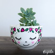 Ceramic Painting, Diy Painting, Diy Flowers, Flower Pots, Pottery Painting Designs, Flower Pot Design, Rock Crafts, Diy Crafts, Painted Pots