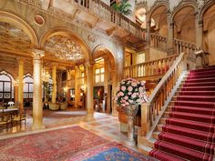hotel danieli venice - one of the most iconic hotel in Venice.  This is a staple in many autobiographies. Old and rIch with culture - typical Venetian