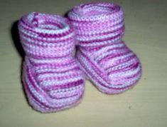 Koot 0(3)6(9)12 kk Ohjeessa lankana on Marks & Kattens Piggelen 100 % akryylia ja puikot 2,5, mutta itse olen tossuja neulonut mm. Nallesta... Baby Knitting Patterns, Slippers, Socks, Marimekko, Projects, Fashion, Log Projects, Moda, Blue Prints