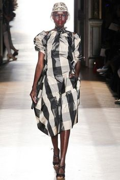 Spring/Summer 2015 Ready-To-Wear: Vivienne Westwood Women's Collection