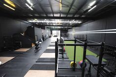 Want to see Rogue can do for your training facility? We've collected photos and recaps of our work with dozens of gyms nationwide to give you an idea of the Rogue difference. Gym Interior, Black Interior Design, Backyard Gym, Dream Gym, Home Gym Garage, Crossfit Gym, University Of Oregon, Gym Design, Academia