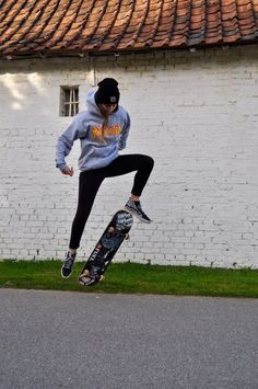 Radical duudee Indie in 2019 Outfits Skater girls Grunge outfits Skater Girl Style, Skater Girl Outfits, Tomboy Outfits, Mode Outfits, Grunge Outfits, Sport Outfits, Vans Outfit, School Outfits, Skater Girl Fashion