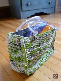 B2B-knitted handbag