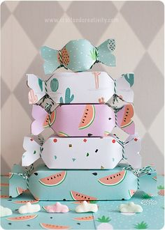 Cute treat boxes #yum #candy #diy #box #cute
