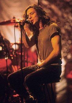 Eddie Vedder... My favorite <3