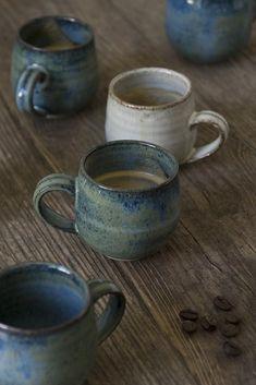 Turkish Coffee Cups, Ceramic Coffee Cups, Ceramic Pottery, Ceramic Art, Ceramics Pottery Mugs, Slab Pottery, Thrown Pottery, Pottery Vase, Ceramic Bowls