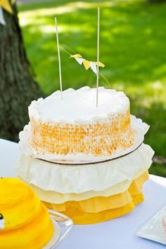 Honeycomb Bee Cake
