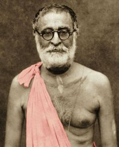 The last exchange of Srila Prabhupada and Srila Bhaktisiddhanta Sarasvati Gosvami. Srila Prabhupada: In 1936, just on the 13th, December, I wrote him one letter. Not 13th. I think by the beginning…