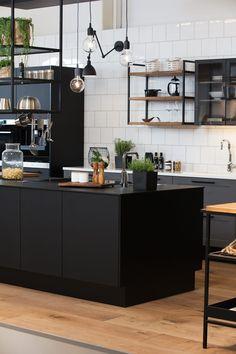 A la Carte -keittiöt Bistro  Circolo, Alone ja Ferro #keittiö #kitchen #bistro