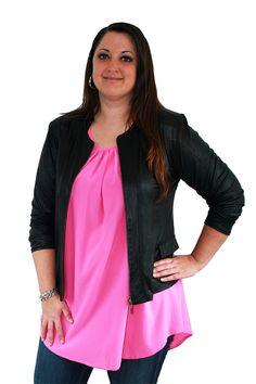Vrolijke roze tuniek van Magna verkrijgbaar in de webshop van Groot Gelijk: www.grootgelijk.com