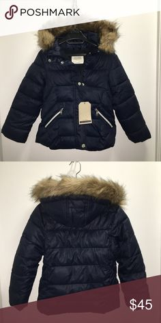 Zara Girls Fur Puffer Coat Zara Girls Fashion Collection   Fur hooded fleece lined navy blue puffer coat   Sizes: 7 years 8 years  NWT   Very modern, stylish, and warm!  Check out my other items ! I ship same or next day📬 Thanks for looking ! Zara Jackets & Coats Puffers