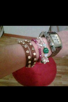 Marina con sus pulseras de la colección Oriente!!
