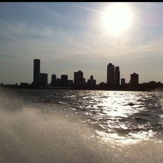 Milwaukee Milwaukee Lakefront, College Life, Willis Tower, Wisconsin, Places Ive Been, New York Skyline, The Outsiders, Spaces, History