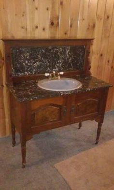 1906 Highback Bathroom Vanity