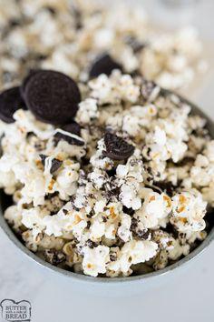 OREO Popcorn Oreo Popcorn, Chocolate Covered Popcorn, Flavored Popcorn, Popcorn Recipes, Snack Recipes, Popcorn Snacks, Butter Popcorn, White Chocolate Oreos, Chocolate Sticks