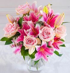 Fill the hearts of your loved ones with full energy by presenting them a lovely bunch of flowers! By giving beautiful Pink Lilies and Roses, you can give a big surprise to them. Grandparents Day, Bunch Of Flowers, Pink Lily, Rose Bouquet, Flower Delivery, Mother Day Gifts, Gift Guide, Special Occasion, Floral Wreath