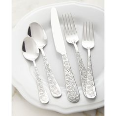 Towle Silversmiths 20-Piece Spring Garden Flatware Service ($50) ❤ liked on Polyvore featuring home, kitchen & dining, flatware, silver, towle silverware, towle flatware, towle and towle flatware set