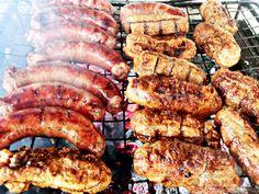 Romanian Food, 30 Minute Meals, Food Inspiration, Sausage, Recipies, Meat, Buffet, Gardening, Drink