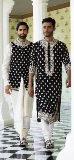 Ken wants this as an additional Kurta for his wardrobe. The pattern, think about Montreal/Quebec design. Mens Indian Wear, Mens Ethnic Wear, Indian Groom Wear, Indian Men Fashion, Indian Male, Mens Fashion, Gothic Fashion, Kurta Men, Boys Kurta