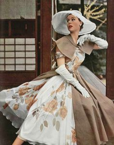 1950s floral style. I could see that my Mom would have looked so beautiful in this :) Miss her :(