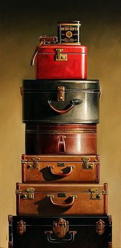 """What's not to love with this suitcase collection. ♥ My mom had the """"red train case"""" and my dad had the largest """"brown suitcase"""". Shabby Vintage, Vintage Love, Vintage Decor, Vintage Antiques, Vintage Items, Design Vintage, Vintage Suitcases, Vintage Luggage, Vintage Travel"""